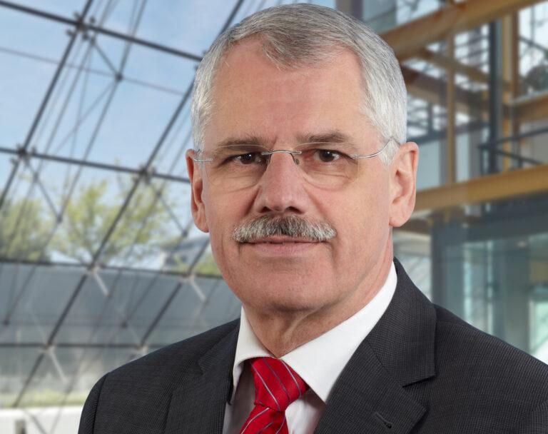 Dr. Joachim Rix